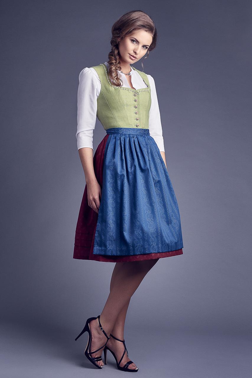 Fashion Lookbook Fotoshooting Werbefotograf Dirndl